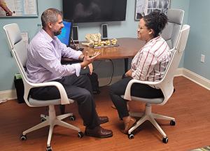 Chiropractor Pooler GA Steve Ranicki Patient Consultation